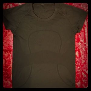 Lululemon shirt